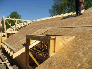 00200-sheeting-the-roof-300x225